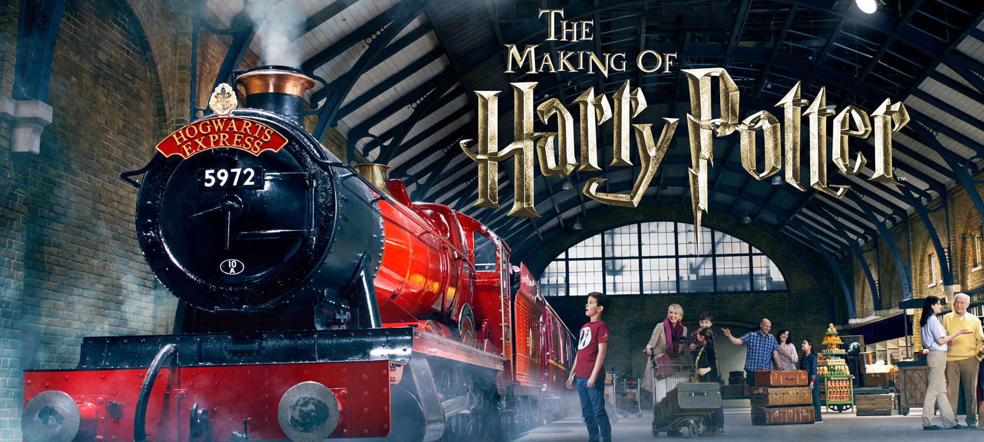 The Warner Bros Studio Tour London Making of Harry Potter package includes a return trip from London to the Warner Bros Studio and a professionally guided tour of the studio. During your guided tour, you will discover all aspects of the creation of the popular film series.
